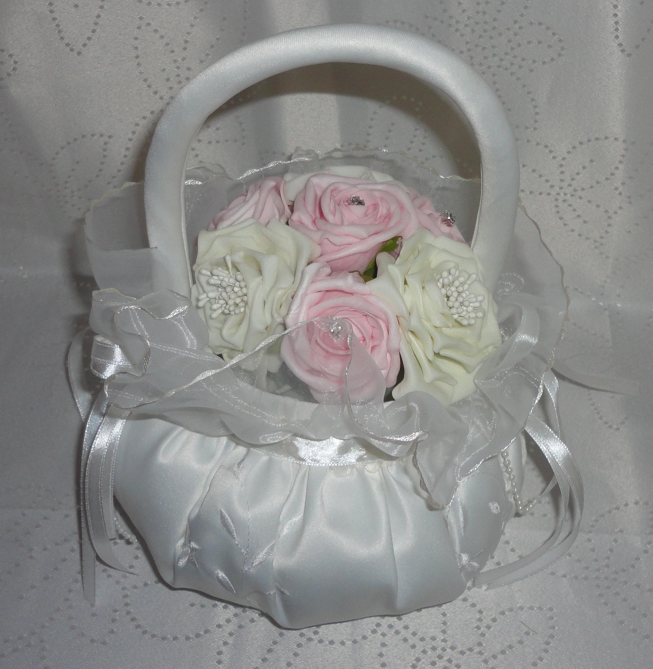 Baskets For Flower Girls The Floral Touch Uk Vintage Flower Girl