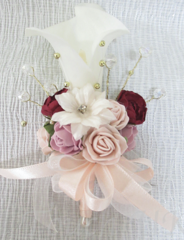 Ivory Real Touch Calla lily Corsage