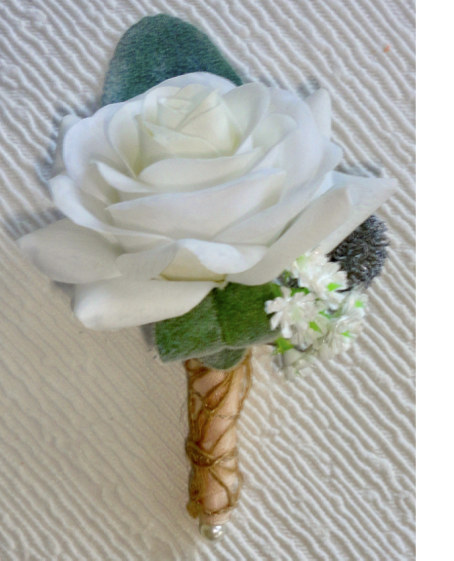 Pale Ivory Fresh Touch Rustic Style Buttonhole