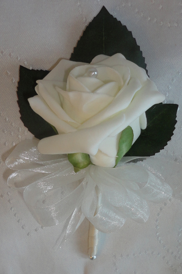 Cheap Ivory Rose Corsage