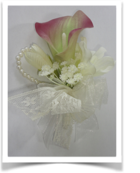 Dusky Pink Vintage Style Calla Lily & Lace Corsage