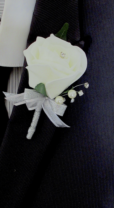 Ivory & Silver Rose Buttonhole