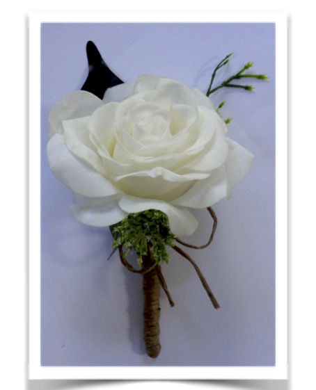 Fresh Touch Rustic Style Rose Buttonhole