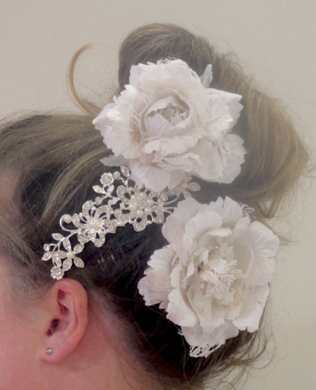 Bridal Diamante & Pearl Comb slide with Lace Peonies