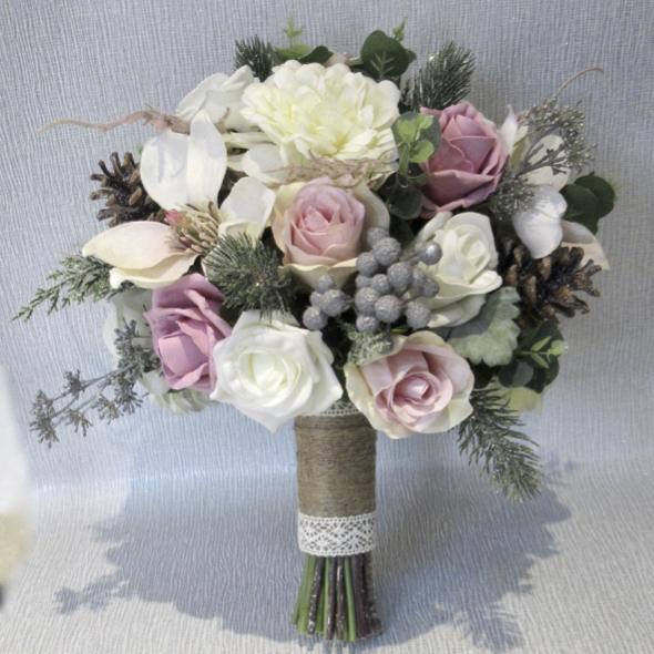 WEDDING FLOWERS BRIDES//MAID 13cm IVORY //CREAM//SATIN ROSE  BOUQUET DIAMANTÉ//PEARL